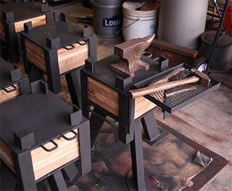 The Adjustable-height Anvil Stand
